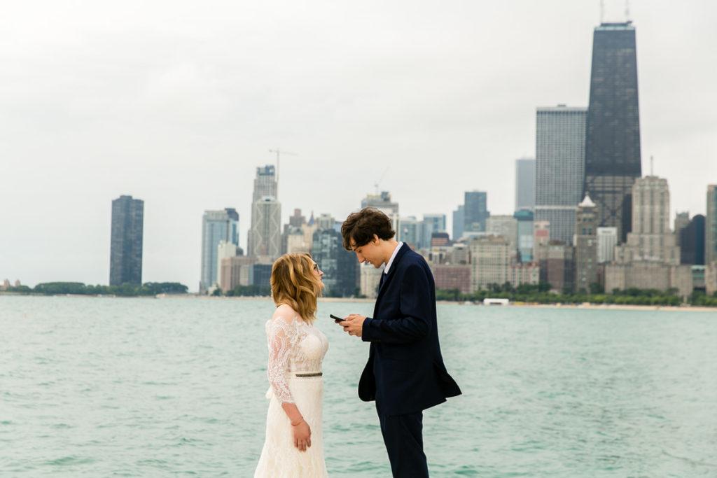 allyssa-dannie-city-hall-elopement-wedding-chicago-74A4353