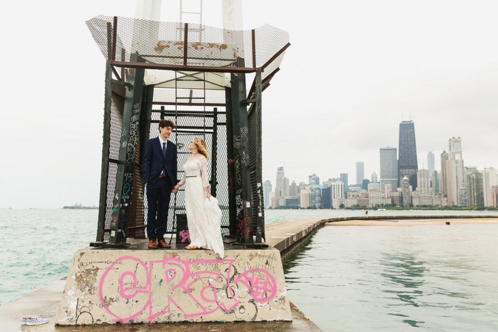 allyssa-dannie-city-hall-elopement-wedding-chicago-74A4394
