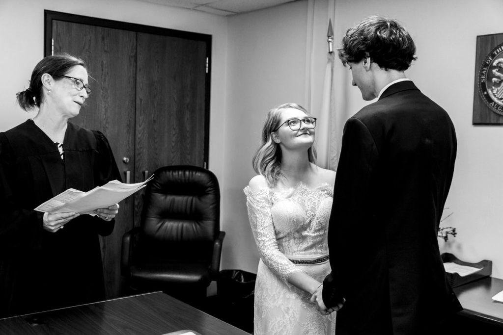 allyssa-dannie-city-hall-elopement-wedding-chicago-74A4628