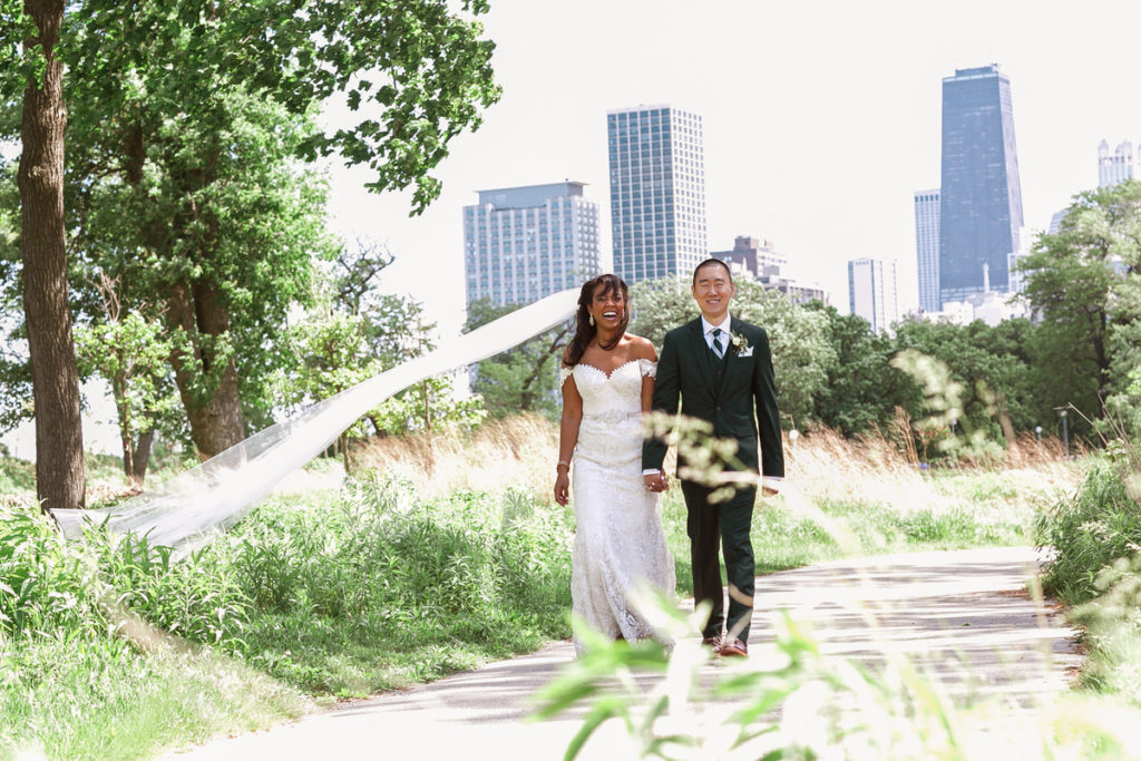 chicago-wedding-ovation-MT-1X8A4499
