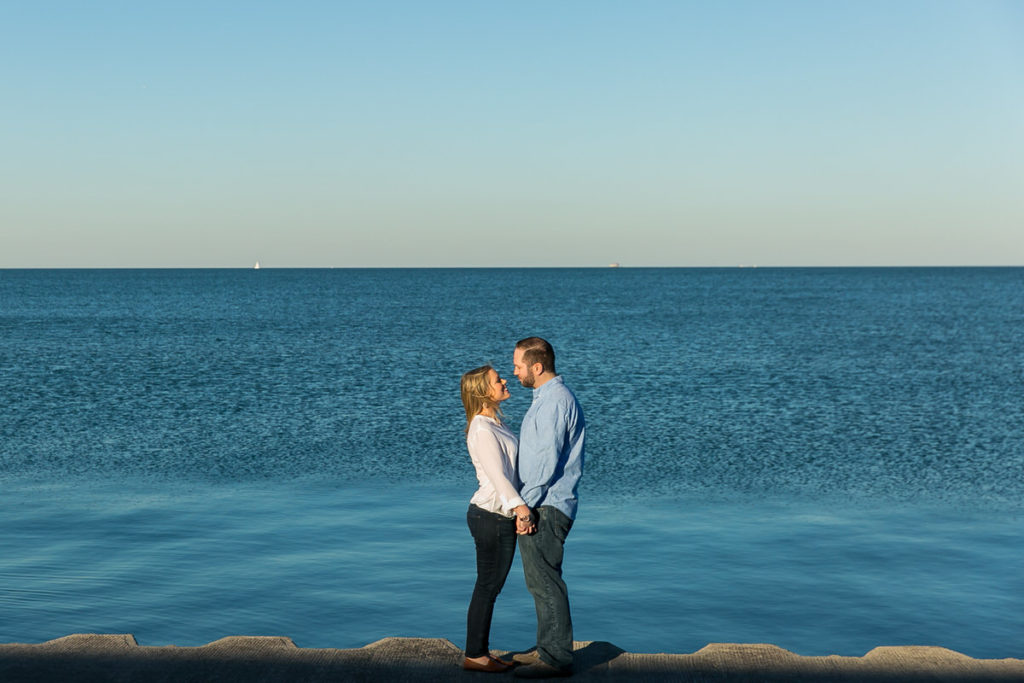 fall-engagement-art-institute-gardens-burnham-harbor-promontory-point-chicago-1X8A8833