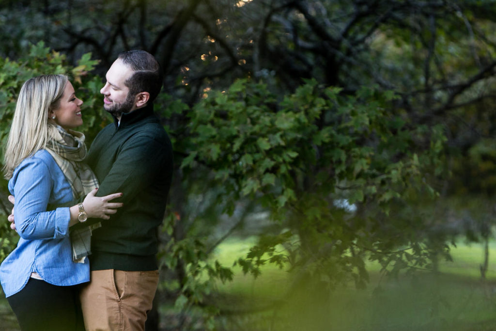 fall-engagement-art-institute-gardens-burnham-harbor-promontory-point-chicago-74A6829
