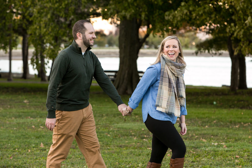 fall-engagement-art-institute-gardens-burnham-harbor-promontory-point-chicago-74A6875