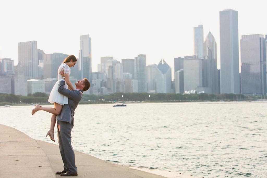 summer-engagement-river-walk-adler-planetarium-chicago-1X8A8862