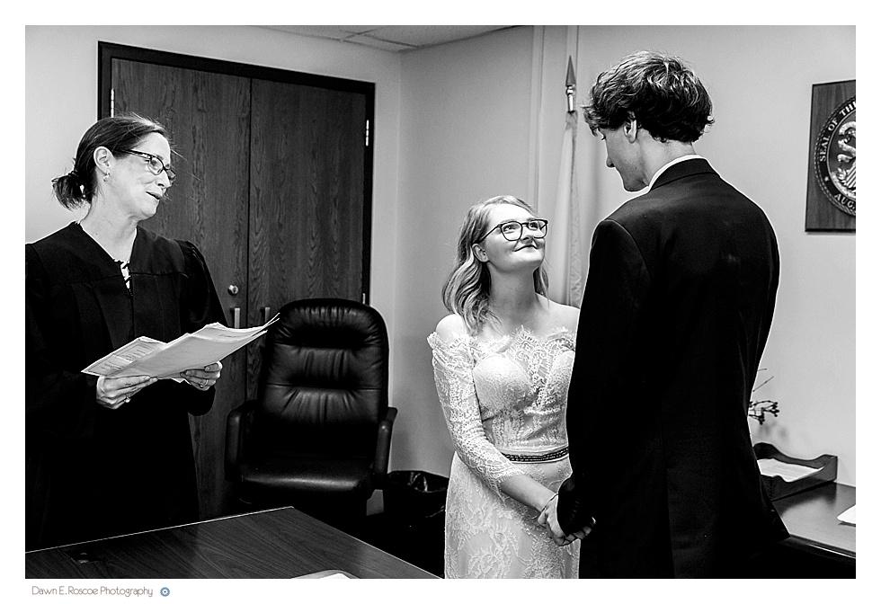 dawn-e-roscoe-photography-allyssa-danny-chicago-city-hall-elopement-01302