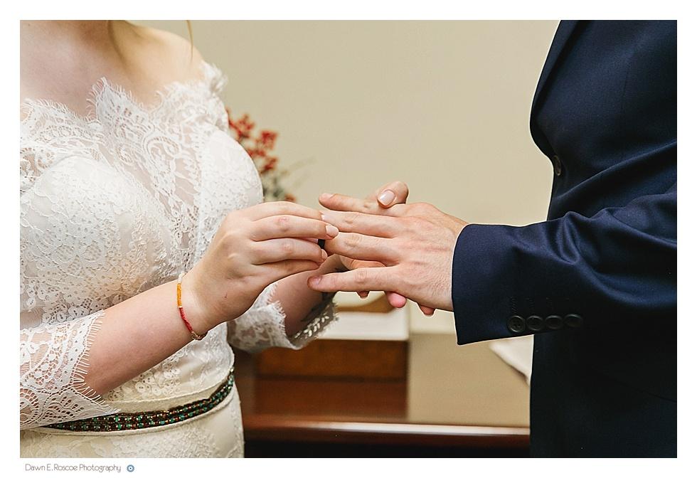dawn-e-roscoe-photography-allyssa-danny-chicago-city-hall-elopement-01314