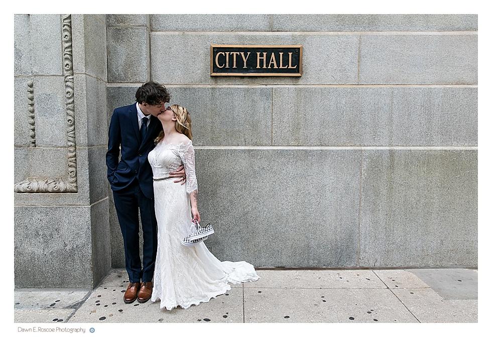 dawn-e-roscoe-photography-allyssa-danny-chicago-city-hall-elopement-01333