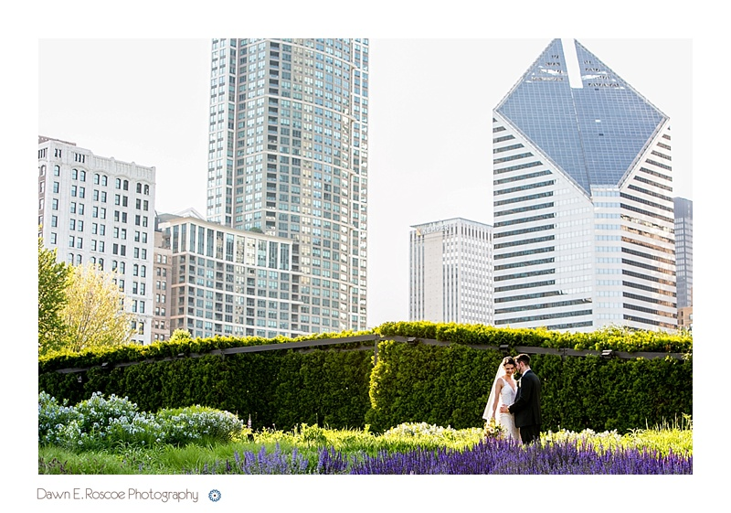 dawn-e-roscoe-photography-chicago-classic-lady-boat-wedding-00123