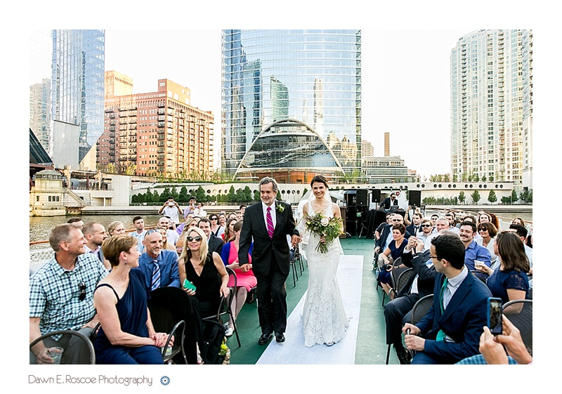dawn-e-roscoe-photography-chicago-classic-lady-boat-wedding-00172