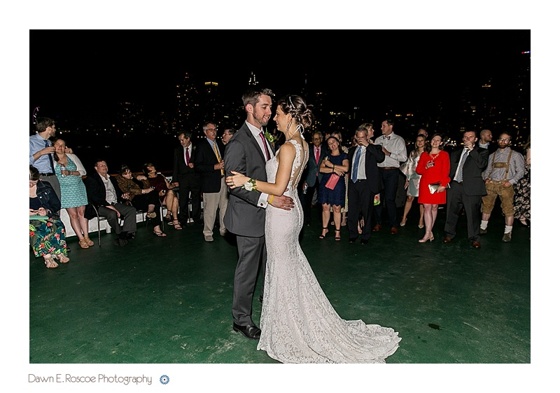 dawn-e-roscoe-photography-chicago-classic-lady-boat-wedding-00283