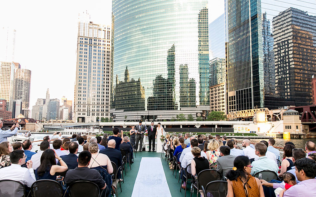 Cristina and Paul's Chicago Classic Lady Boat Wedding!