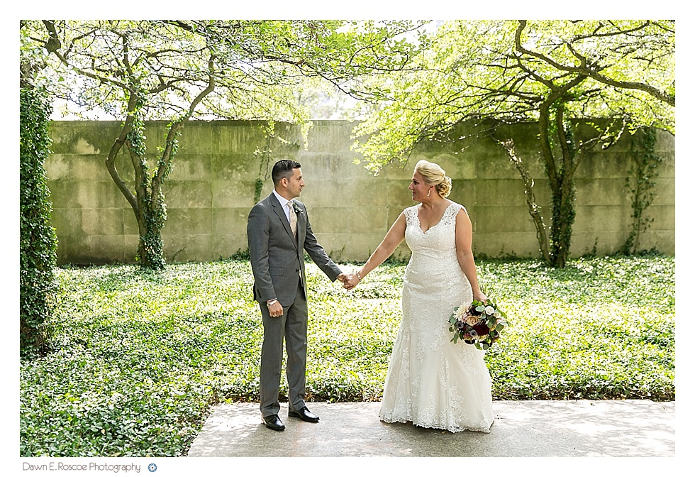 dawn-e-roscoe-photography-summery-outdoor-chicago-wedding-02631