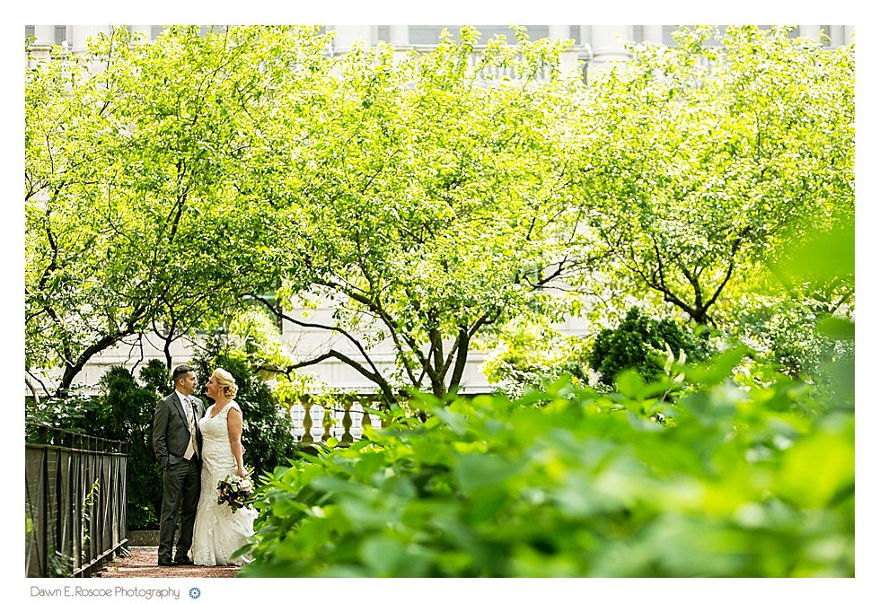 dawn-e-roscoe-photography-summery-outdoor-chicago-wedding-02701