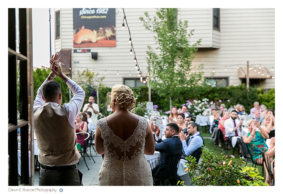 dawn-e-roscoe-photography-summery-outdoor-chicago-wedding-02931