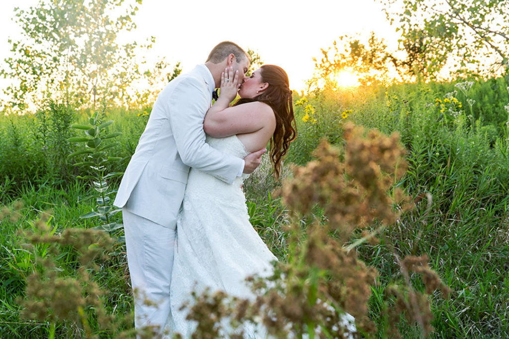 dawn e roscoe photography taylor jon elawa farms wedding Asm feat